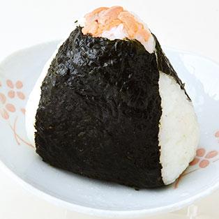 手作りおにぎり(紅鮭、おかかチーズ、天むす)
