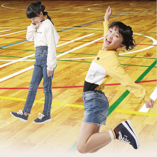 女児カジュアルMOZ白底スニーカー女児カジュアル白底スニーカー