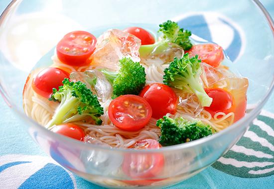 ミニトマトとブロッコリーのぶっかけ麺