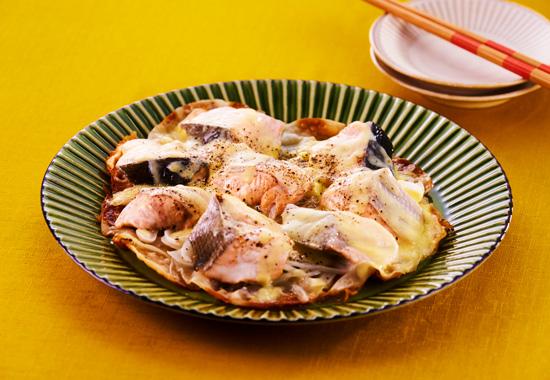 秋鮭と玉ねぎのフライパン餃子